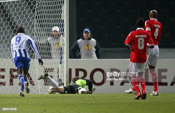 Lukasz Piszczek of Berlin scores the second goal during the UEFA Europa League knock-out round, first leg match between Hertha BSC and SL Benfica...