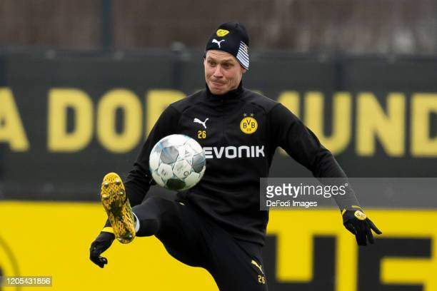 Lukasz Piszczek of Borussia Dortmund controls the ball during the Borussia Dortmund Training Session on March 05 2020 in Dortmund Germany