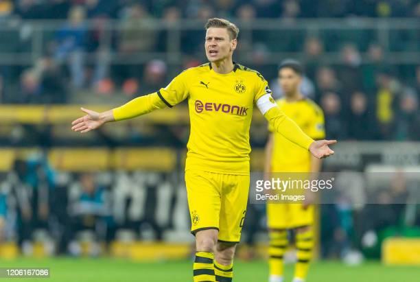 Lukasz Piszczek of Borussia Dortmund looks on during the Bundesliga match between Borussia Moenchengladbach and Borussia Dortmund at BorussiaPark on...