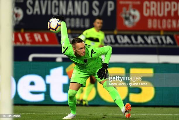 Lukasz Skorupski goalkeeper of Bologna FC in action during the serie A match between Bologna FC and SPAL at Stadio Renato Dall'Ara on August 19 2018...