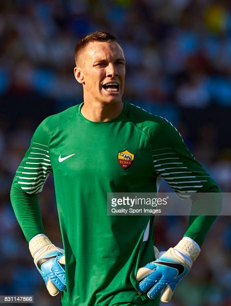 Lukasz Skorupski of AS Roma reacts during the preseason friendly match between Celta de Vigo and AS Roma at Balaidos Stadium on August 13 2017 in...