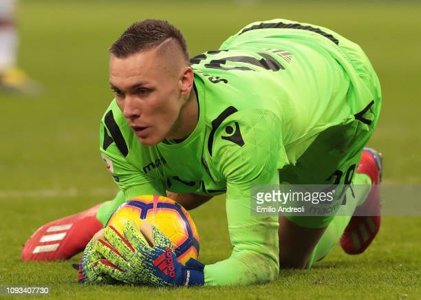 Lukasz Skorupski of Bologna FC in action during the Serie A match between FC Internazionale and Bologna FC at Stadio Giuseppe Meazza on February 3...
