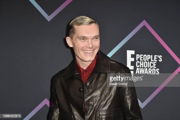 Luke Baines arrives at E! People's Choice Awards at Barker Hangar on November 11, 2018 in Santa Monica, California.