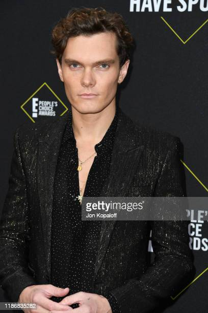 Luke Baines attends the 2019 E! People's Choice Awards at Barker Hangar on November 10, 2019 in Santa Monica, California.
