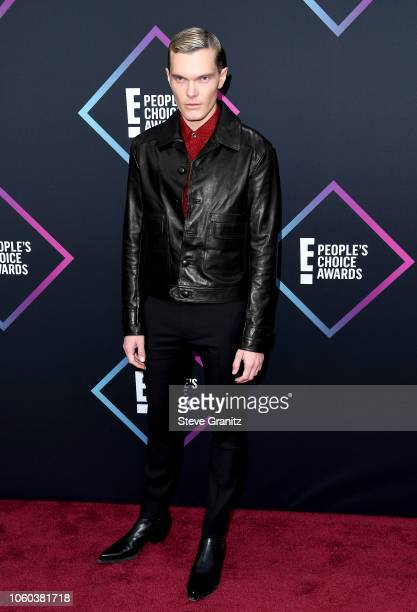 Luke Baines attends the People's Choice Awards 2018 at Barker Hangar on November 11, 2018 in Santa Monica, California.