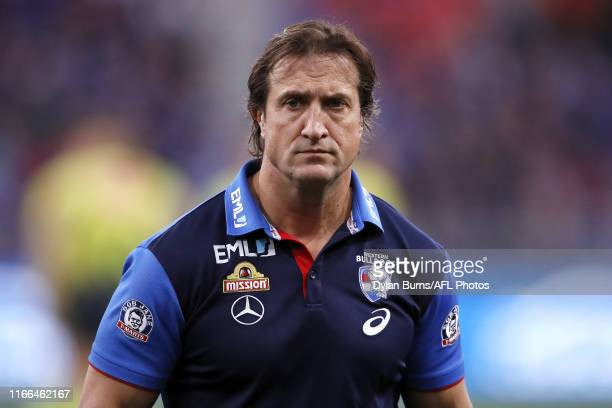 Luke Beveridge Senior Coach of the Bulldogs looks on during the 2019 AFL Second Elimination Final match between the GWS Giants and the Western...