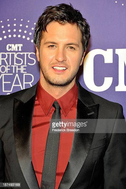 Luke Bryan arrives at the 2012 CMT Artists Of The Year at The Factory At Franklin on December 3 2012 in Franklin Tennessee