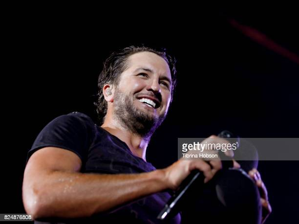 Luke Bryan performs at the 2017 Watershed Music Festival at Gorge Amphitheatre on July 30 2017 in George Washington