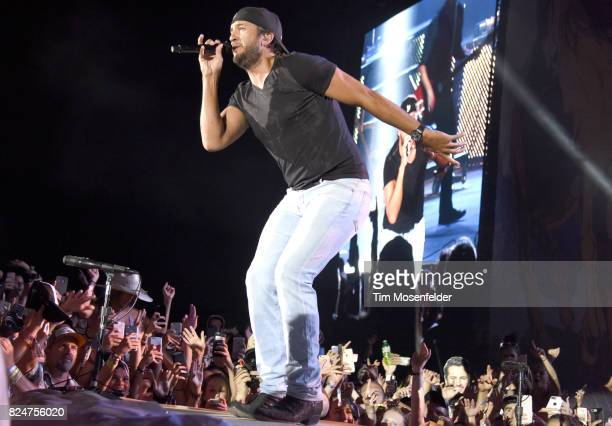 Luke Bryan performs during Watershed 2017 at the Gorge Amphitheatre on July 30 2017 in George Washington