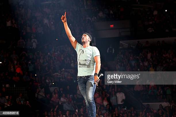 Luke Bryan performs in concert at the AT&T Center on September 18, 2014 in San Antonio, Texas.