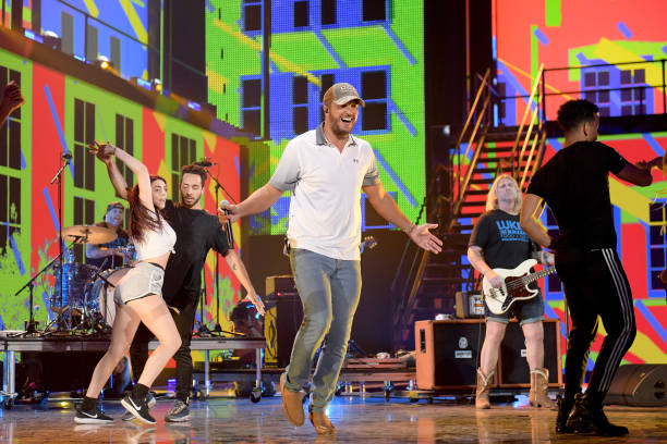 TN: 2019 CMT Music Awards Rehearsals - Day 2