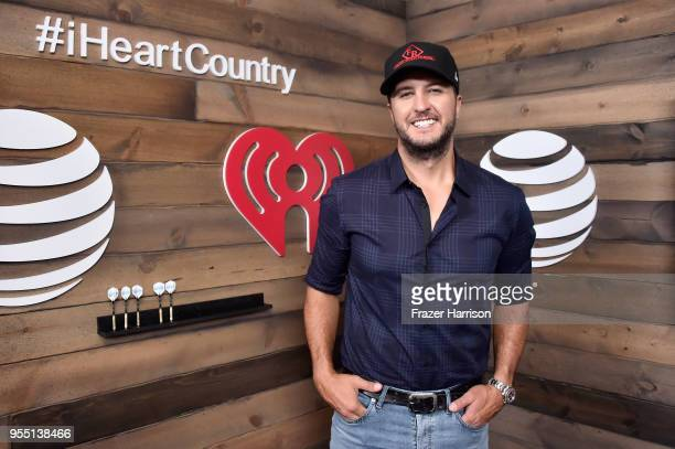 Luke Bryan poses backstage at the 2018 iHeartCountry Festival By ATT at The Frank Erwin Center on May 5 2018 in Austin Texas