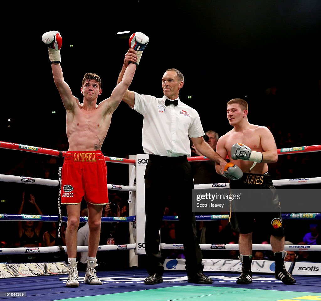 Carl Froch v George Groves - IBF & WBA World Super Middleweight Title Fight : News Photo