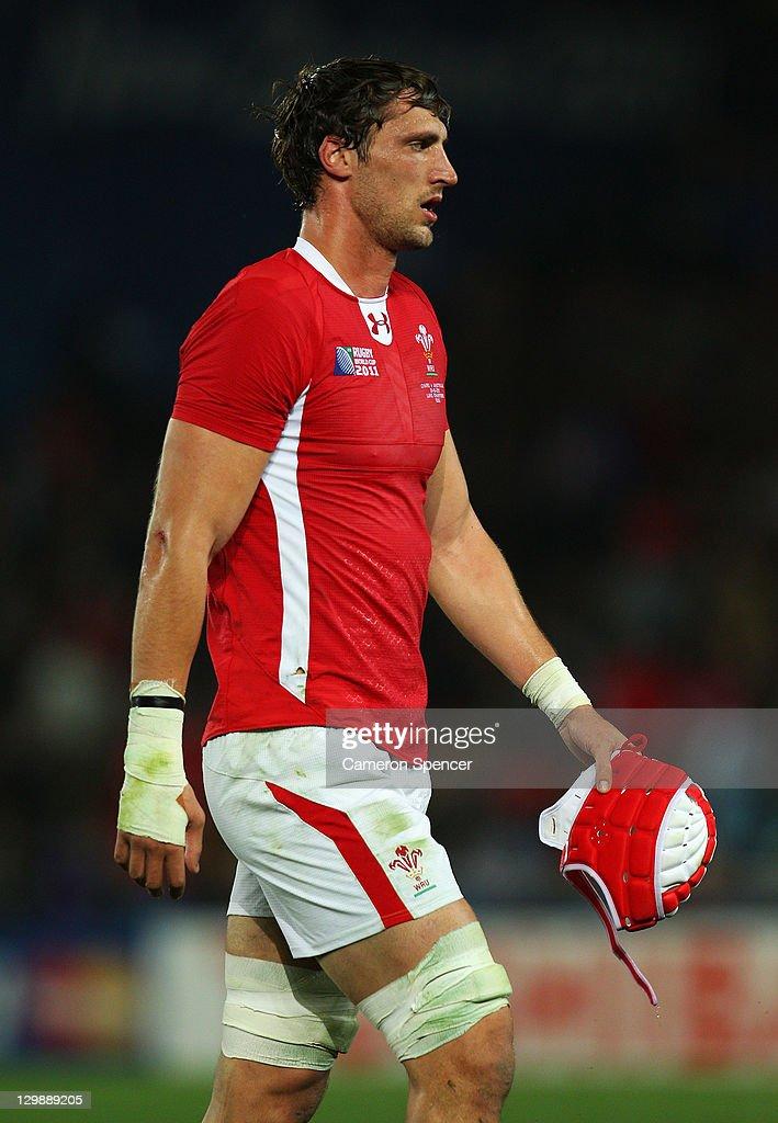 Wales v Australia - IRB RWC 2011 Bronze Final : News Photo