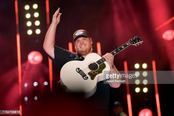 Luke Combs performs on stage during day 3 of the 2019 CMA Music Festival on June 08 2019 in Nashville Tennessee