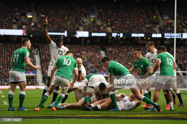 Luke Cowan-Dickie of England touches down for his team's third try during the 2020 Guinness Six Nations match between England and Ireland at...