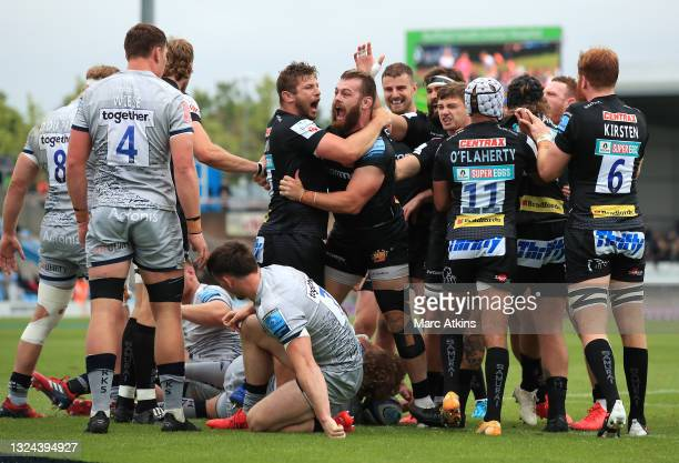 Luke Cowan-Dickie of Exeter Chiefs scores the opening try during the Gallagher Premiership semi final match between Exeter Chiefs and Sale Sharks at...