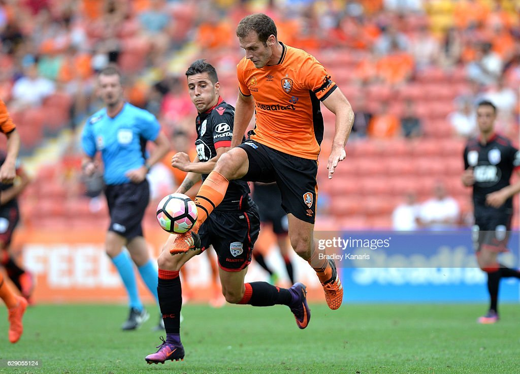 Luke DeVere of the Roar in action during the round 10 A-League match between the Brisbane Roar and Adelaide United at Suncorp Stadium on December 11, 2016 in Brisbane, Australia.