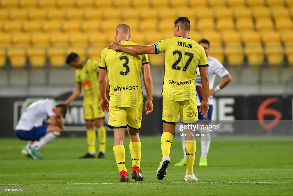 A-League Rd 16 - Wellington v Newcastle : News Photo