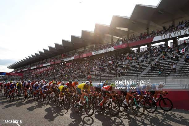 Luke Durbridge of Team Australia, Wout van Aert of Team Belgium, Nelson Oliveira of Team Portugal, Tiesj Benoot of Team Belgium, Benoit Cosnefroy of...