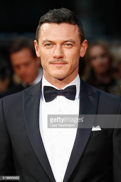 Luke Evans attends The Olivier Awards with Mastercard at The Royal Opera House on April 3 2016 in London England