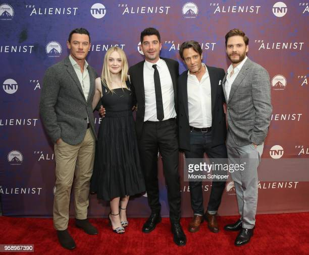 "Luke Evans, Dakota Fanning, Jakob Verbruggen, Michael Kaplan and Daniel Bruehl, wears BOSS, attend ""The Alienist"" FYC Event at the 92nd Street Y on..."