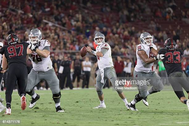 Luke Falk of the Washington State Huskies plays in an NCAA Pac12 football game against the Stanford Cardinal on October 8 2016 at Stanford Stadium on...