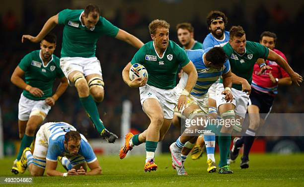 Luke Fitzgerald of Ireland breaks to set up the second Ireland try during the 2015 Rugby World Cup Quarter Final match between Ireland and Argentina...