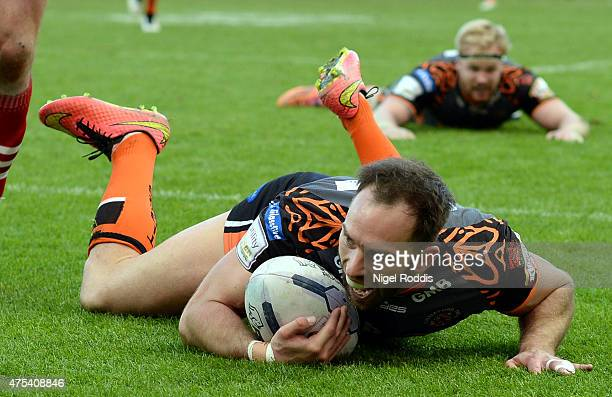 Luke Gale of Castleford Tigers scores a try during the Super League match between Castleford Tigers and Wakefield Trinity Wildcats at St James' Park...