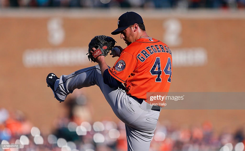 Luke Gregerson #44 of the Houston Astros pitches in the ninth inning of the game against the Detroit Tigers on May 23, 2015 at Comerica Park in Detroit, Michigan. The Astros defeated the Tigers 3-2.