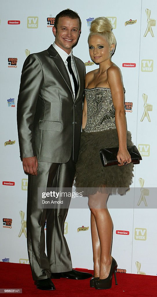 Luke Jacobz (L) and Tessa James arrive at the 52nd TV Week Logie Awards at Crown Casino on May 2, 2010 in Melbourne, Australia.