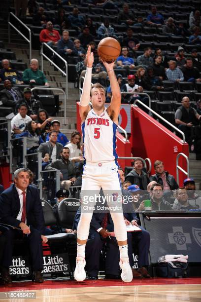 Luke Kennard of the Detroit Pistons shoots the ball against the New York Knicks on November 6, 2019 at Little Caesars Arena in Detroit, Michigan....