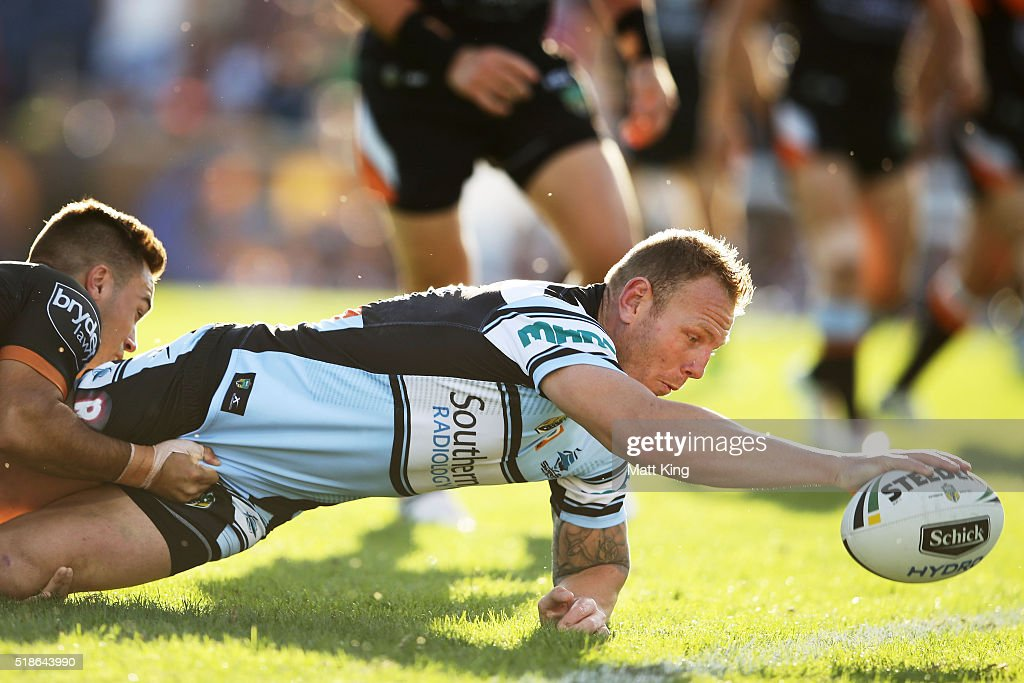 NRL Rd 5 - Tigers v Sharks