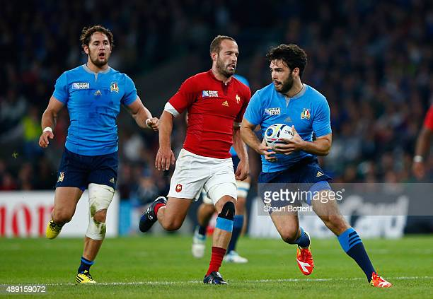 Luke McLean of Italy collects the loose ball during the 2015 Rugby World Cup Pool D match between France and Italy at Twickenham Stadium on September...