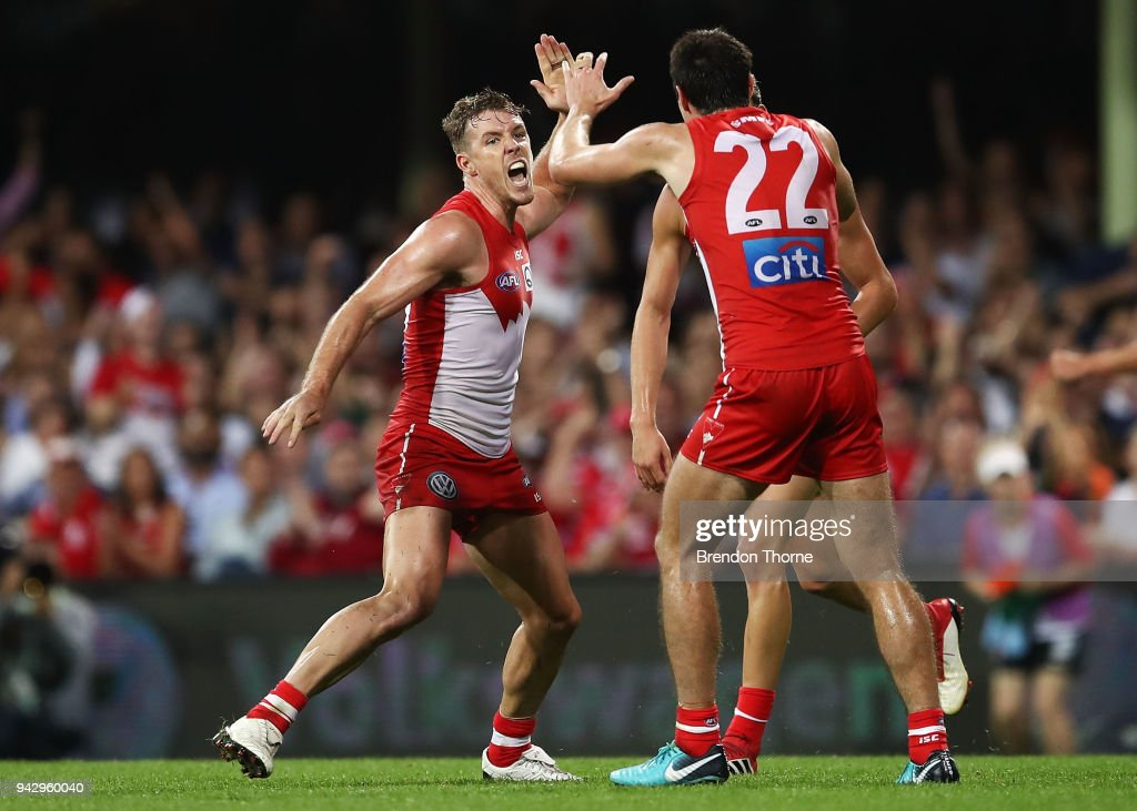 Luke Parker of the Swans celebrates kicking a goal with team mates during the round three AFL match between the Sydney Swans and the Greater Western Sydney Giants at Sydney Cricket Ground on April 7, 2018 in Sydney, Australia.