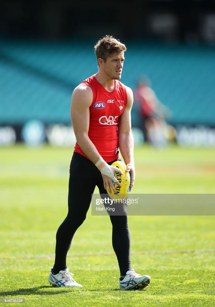 Luke Parker of the Swans kicks during a Sydney Swans AFL training session at Sydney Cricket Ground on September 13, 2017 in Sydney, Australia.
