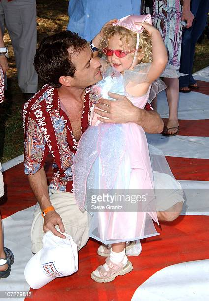 Luke Perry and daughter Sophie at the 2004 Target A Time for Heroes Celebrity Carnival to benefit the Elizabeth Glaser Pediatric AIDS Foundation