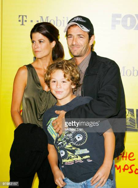 Luke Perry and family arrive to The Simpsons Treehouse of Horror 20th Anniversary party held at the Barker Hangar on October 18 2009 in Santa Monica...