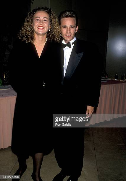 Luke Perry and Minnie Sharp at the National Conference of Christians Jews Honors Rupert Murdoch Beverly Hilton Hotel Beverly Hills