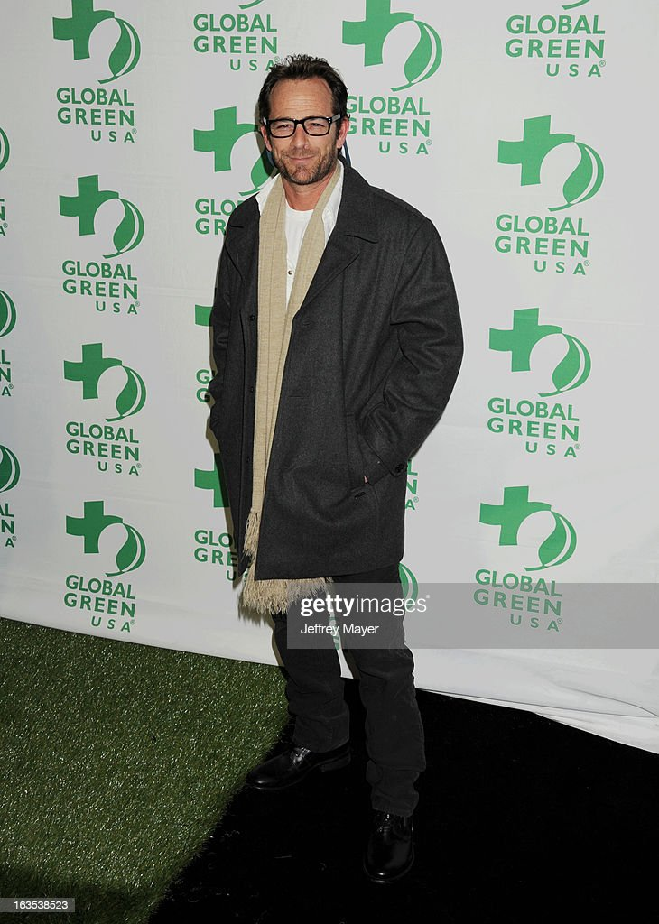 Luke Perry arrives at Global Green USA's 10th Annual Pre-Oscar party at Avalon on February 20, 2013 in Hollywood, California.