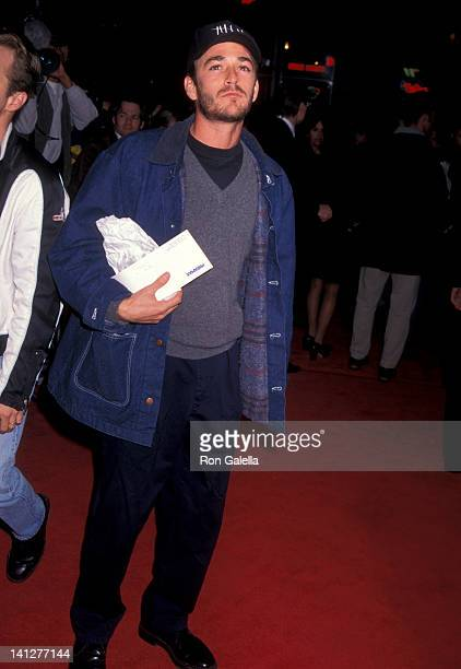 Luke Perry at the Premiere of 'Albino Alligator', Mann Bruin Theatre, Westwood.
