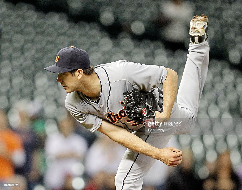 Luke Putkonen #36 of the Detroit Tigers pitches in the 14th inning against the Houston Astros at Minute Maid Park on May 2, 2013 in Houston, Texas.