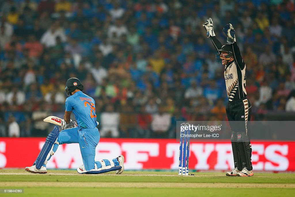 Luke Ronchi of New Zealand appeals and get the LBW of Shikhar Dhawan of India during the ICC World Twenty20 India 2016 Group 2 match between New Zealand and India at the Vidarbha Cricket Association Stadium on March 15, 2016 in Nagpur, India.