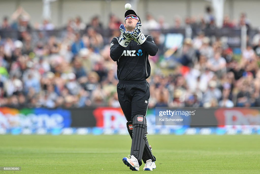 Luke Ronchi of New Zealand takes a catch to dismiss Imrul Kayes of Bangladesh during the first One Day International match between New Zealand and Bangladesh at Hagley Oval on December 26, 2016 in Christchurch, New Zealand.