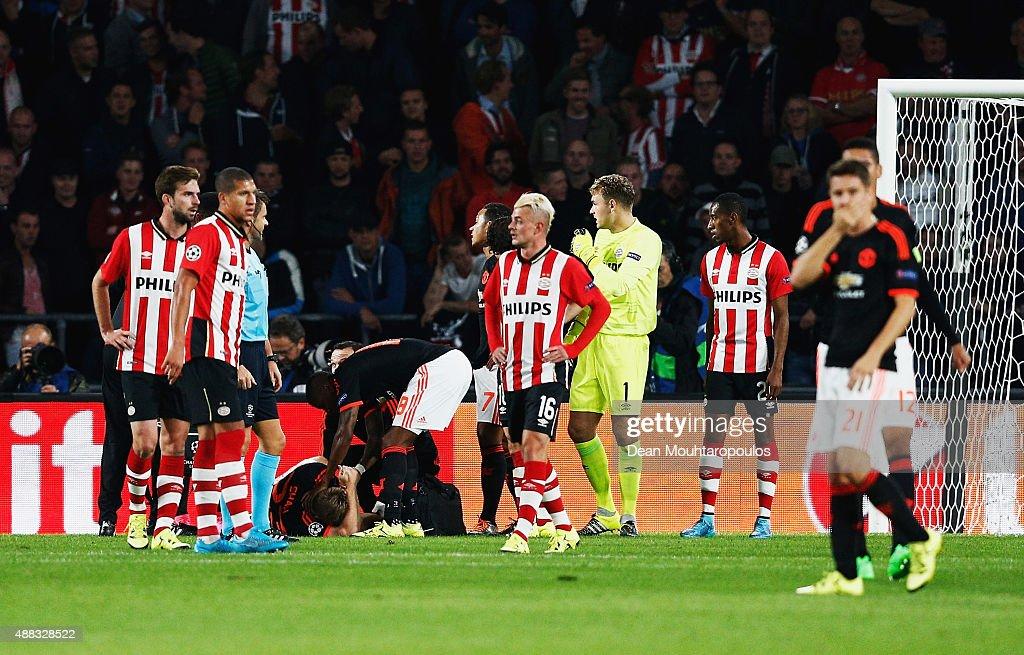 PSV Eindhoven v Manchester United FC - UEFA Champions League : News Photo