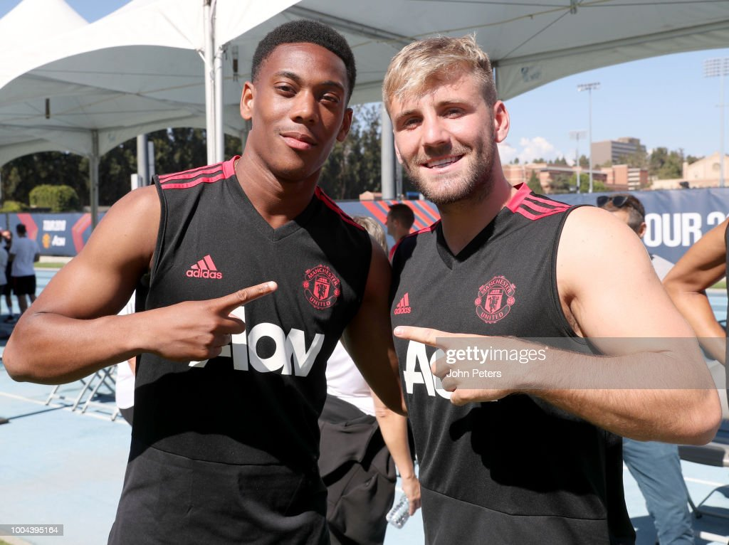 Luke Shaw of Manchester United poses with team-mate Anthony Martial during a Manchester United pre-season training session at UCLA on July 23, 2018 in Los Angeles, California.