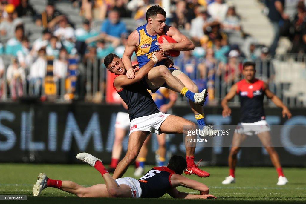 AFL Rd 22 - West Coast v Melbourne : News Photo