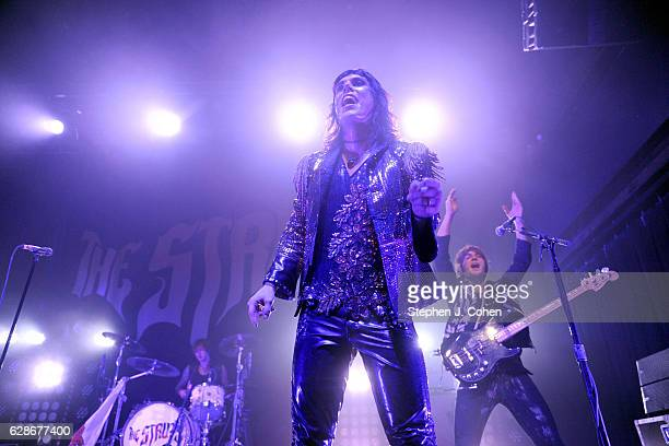 Luke Spiller and Jed Elliott of The Struts performs at Mercury Ballroom on December 8 2016 in Louisville Kentucky