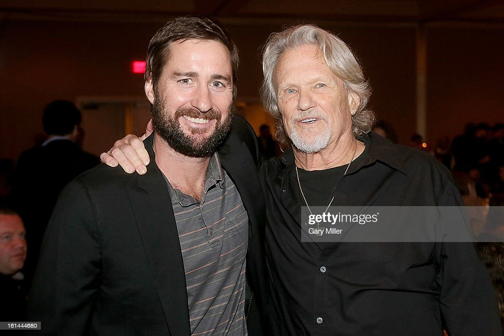 Luke Wilson (L) and Kris Kristofferson pose during the Nobelity Projects Artists and Filmmakers Dinner honoring Kris Kristofferson with the Feed The Peace award at the Four Seasons Hotel on February 10, 2013 in Austin, Texas.