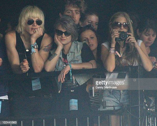 Luke Worrall Kelly Osbourne Nick Grimshaw and Nikki Grahame attend Glastonbury Festival at Worthy Farm on June 26 2010 in Glastonbury England